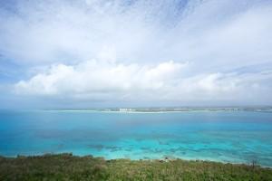 沖縄県は宮古島の日の入り時刻は都内の約1.5h後!日が長い好きの方オススメです!