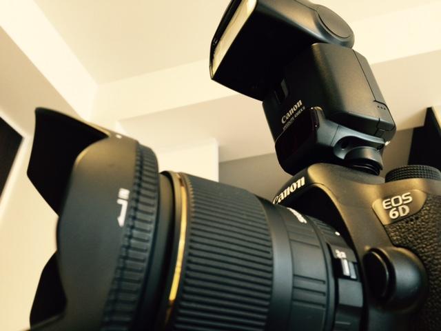 外付けストロボ(430EX Ⅱ)を持ち出す時は約100枚撮影ごとに電池を交換しています