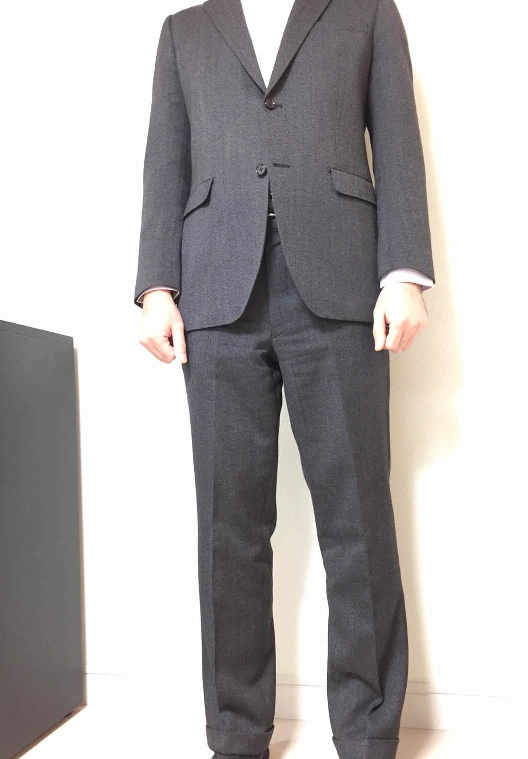 orihicaスーツ